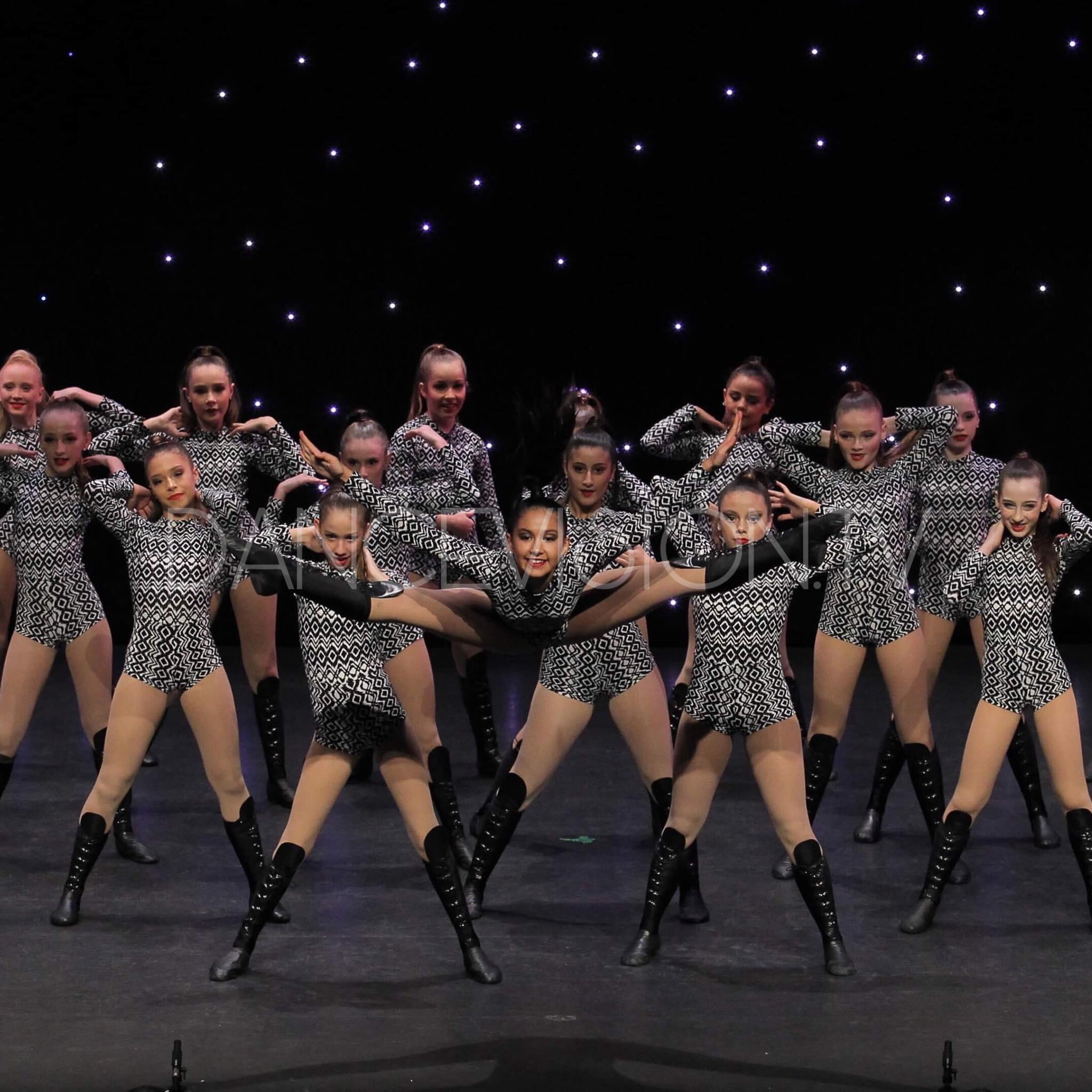 Amazing jazz dancers - Jazz Dance competition teams - commercial dance